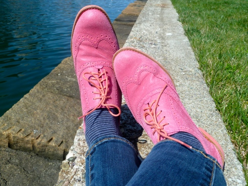 Taking a breather, in my pink suede shoes